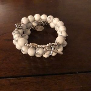 Jewelry - White rosary bead bracelet